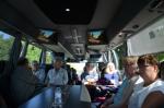 Viihtyisä kokousbussimme
